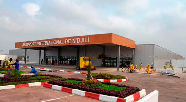 N'djili Airport served less than 1 Million passengers in 2015.
